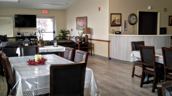 Dementia Alzheimer dining living room hall serenity lane windsor gibsonburg ohio