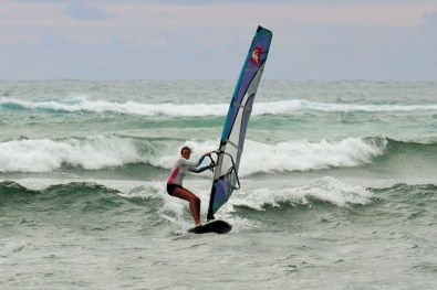 Sup Surfing with NailPryde Sail