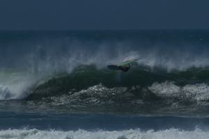 Kevin Pritchard with a sick gnarly epic wave in Punta San Carlos