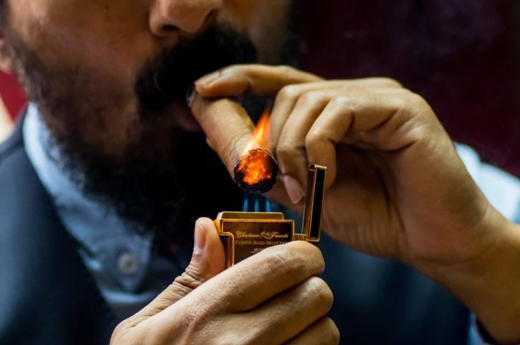 How To Light Your Cigar