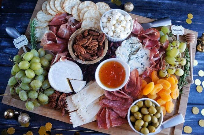 Tips to Make the Perfect Charcuterie Board