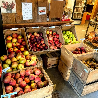 Celebrate Thanksgiving with Berkshire-Grown Apples –  November 18, 2020