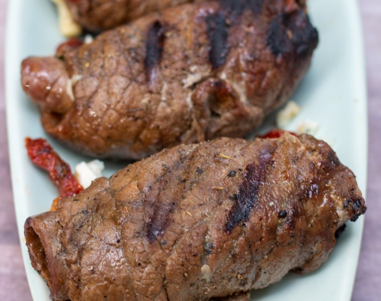Spinach & Cheese Stuffed Steak Roll Ups