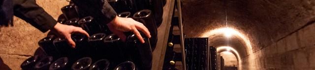 manual riddling of Champagne bottles