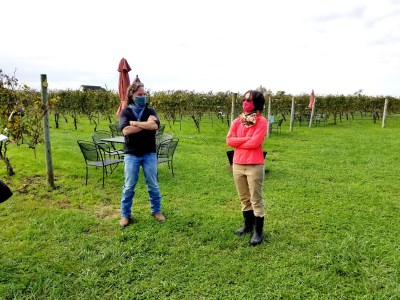 Auburn Road Vineyards owners co-owners and married couple, Julianne & Scott Donnini, are two ex-attorneys from Philadelphia who gave up lawyering to plant a vineyard in New Jersey. Wine Casual