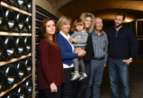 The Deltetto family -- (L-R) Claudia, Graziella, Lidia, Cristina, Toni, and Carlo.
