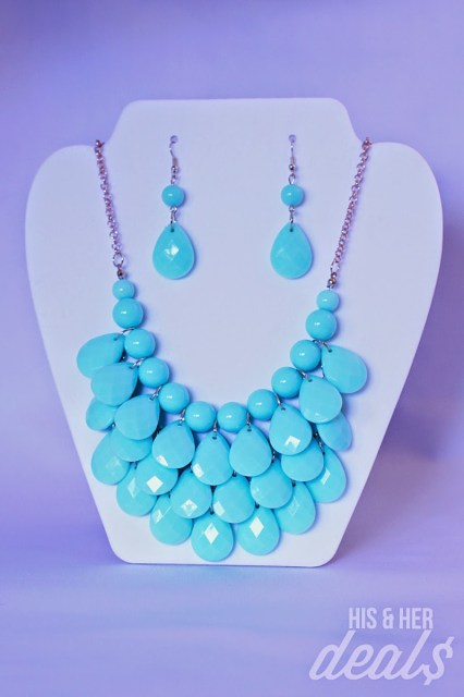 aqua bubble statement necklace