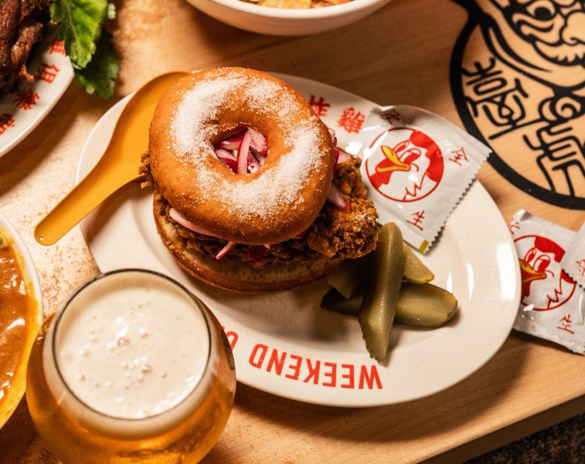 「週末炸虎俱樂部」來了!打造臺虎精釀啜飲室專屬餐點、推出最適合鹽酥雞的聯名啤酒 週末炸虎俱樂部 ...