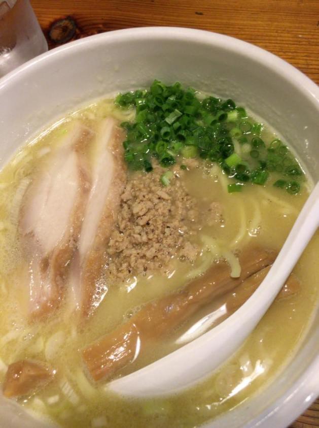 鶏の穴 池袋/ラーメン、つけ麺