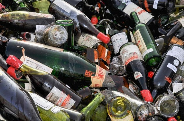 Rudy Kurniawan counterfeit wines at a landfill site in Texas