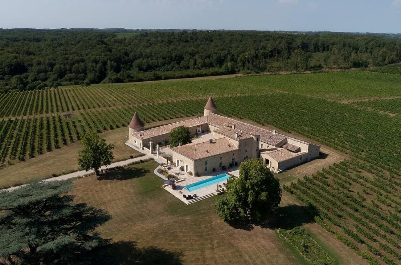 Luxury château for sale in Bordeaux's Entre-Deux-Mers