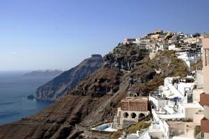 santorinin cliffsides fira