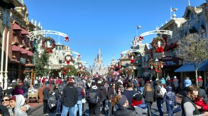 Main Street USA at Magic Kingdom (January 4, 2018)