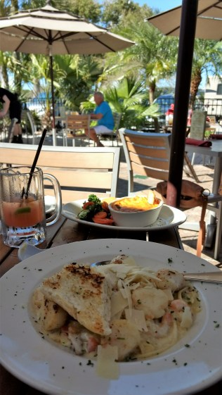 Seafood, drinks and sunshine! (Rumba Grill, Tampa, Florida)