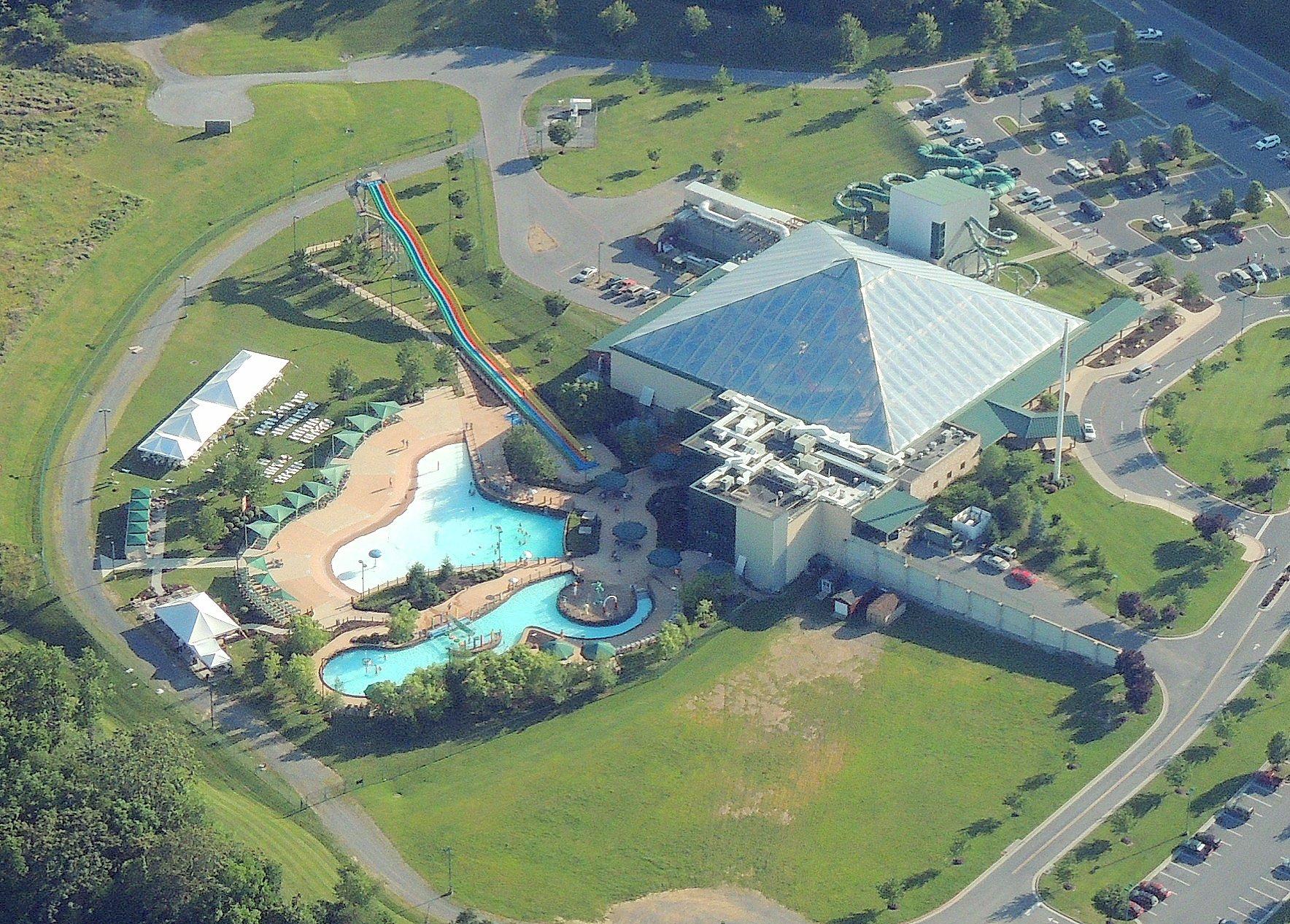 Massanuttan Resort Indoor/Outdoor Water Park