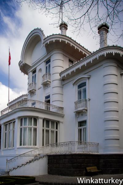 Ataturk_Kosku
