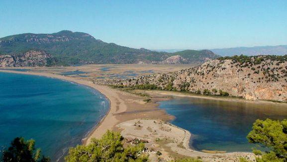 Vista general de la playa de Iztuzu