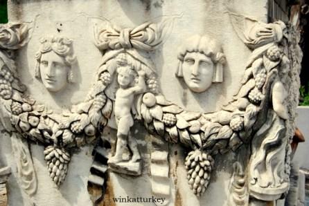 Relieves de un sarcófago