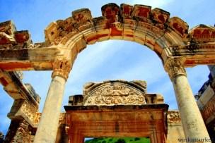 Templo de Adriano en Éfeso