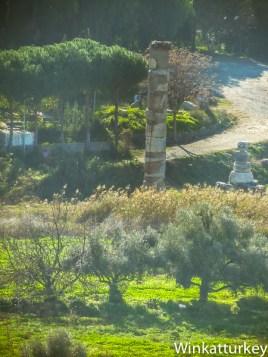 Restos del Templo de Artemisa desde la Basílica de San Juan