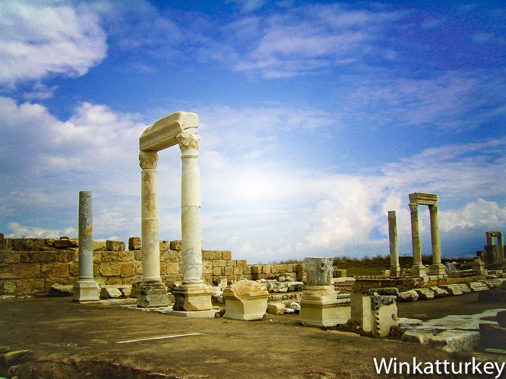Laodicea La iglesia tibia  Un guio a Turqua