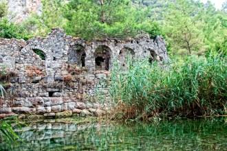 Ruinas en Olympos