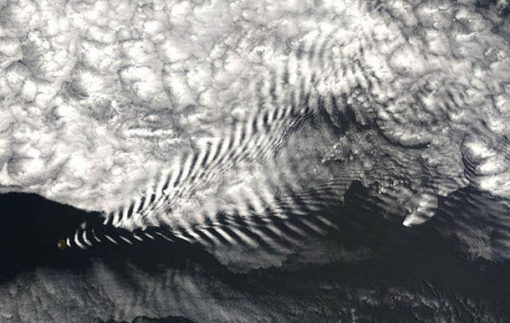 12 Types of Clouds That Are Awesome - Image 2 - Wave clouds.