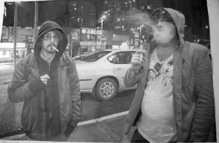 25 Amazingly Realistic Art Paintings - Paul Cadden - Pencil on paper.