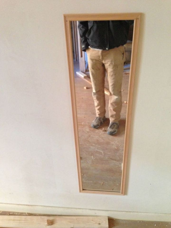 27 Tall People Problems Only Tall People Have - You've never seen your face in a full-length mirror.