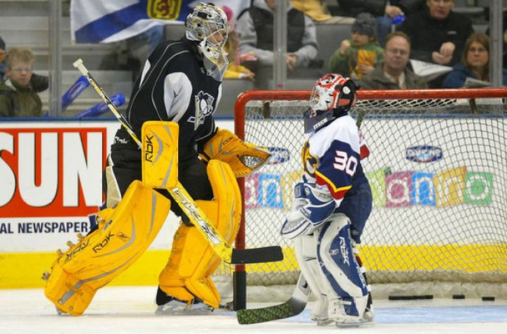 27 Tall People Problems Only Tall People Have - You're usually picked to be the goalie.