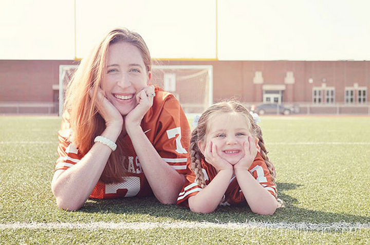 20 Mother and Daughter Pictures - Enjoying the game.
