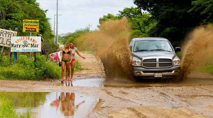 25 Photos Before Disaster Strikes - I think they may need to walk back to the beach to wash away the impending mud bath.