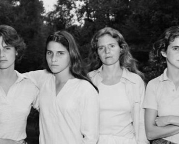 Four Sisters Took a Photo Every Year for the Past 40 Years.