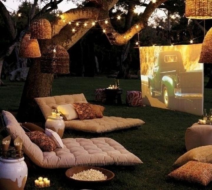 34 DIY Backyard Ideas for the Summer - Setup an outdoor movie theater.