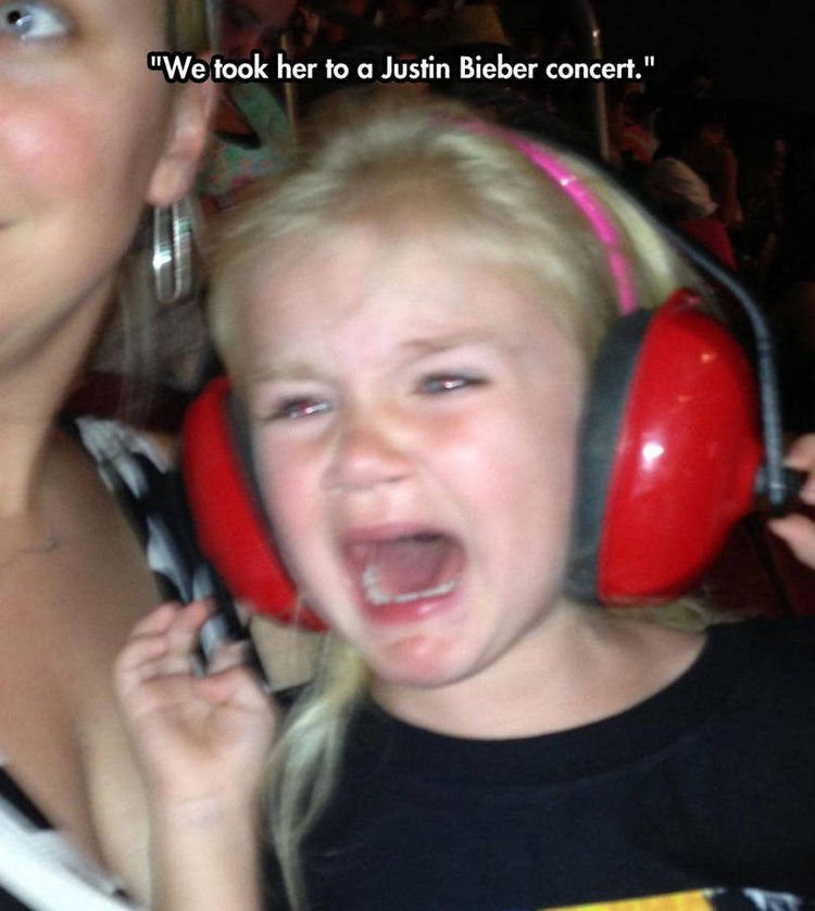 37 Photos of Kids Losing It - We took her to a Justin Bieber concert.