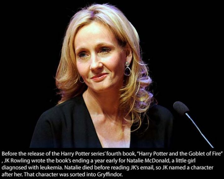 17 Celebrities Doing Random Acts of Kindness - J. K. Rowling.