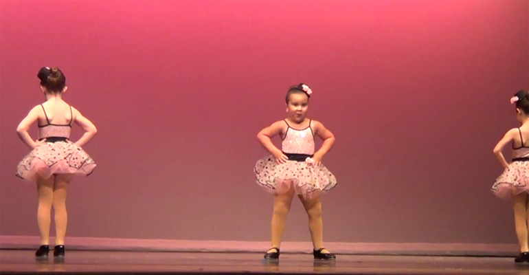 Little 6-year-old girl Johanna Colon Gets 'Respect' and Plenty of Cheers when dancing.