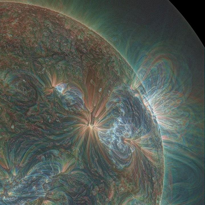 21 Awe-Inspiring Photos - The sun captured with ultraviolet photography.