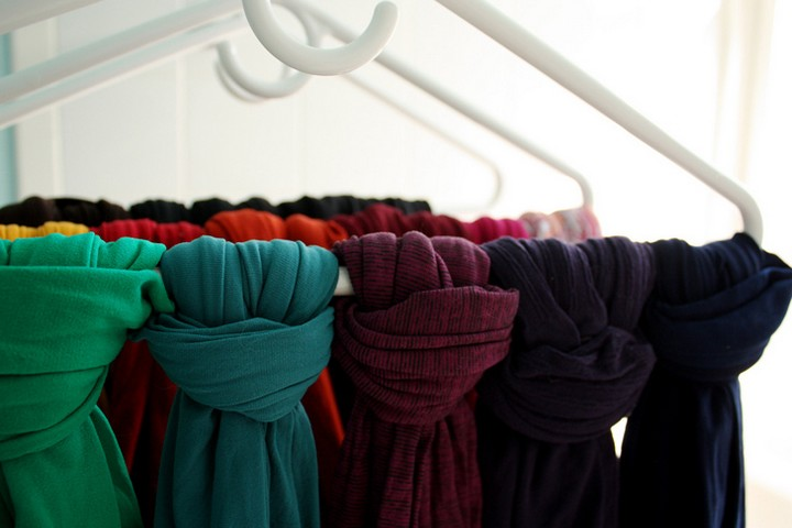 46 Useful Storage Ideas - Organize your tights by color on a clothes hanger.