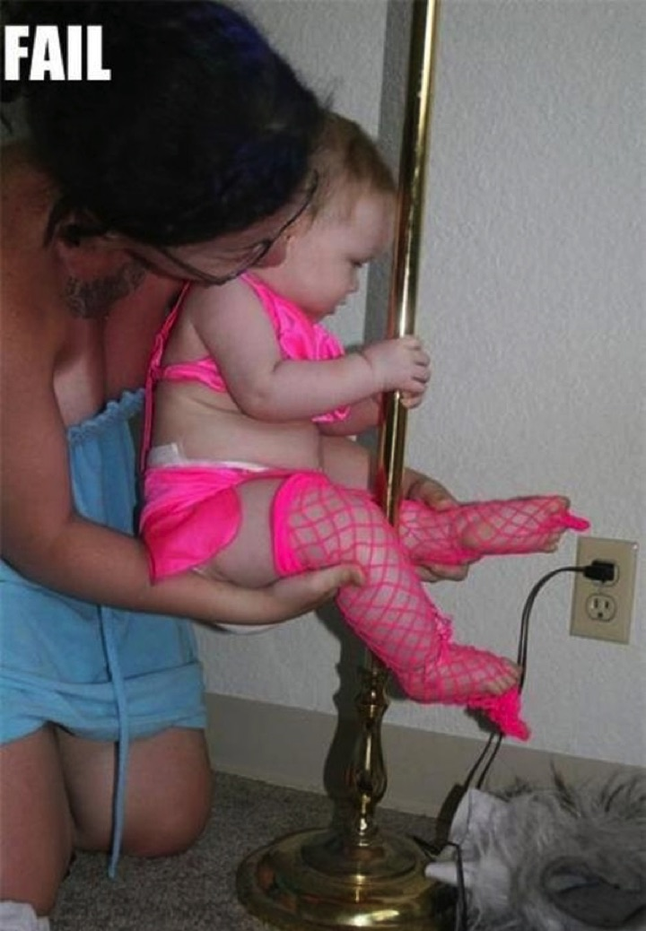 34 Parenting Fails - This mother wants a bright career for her daughter...WTF?