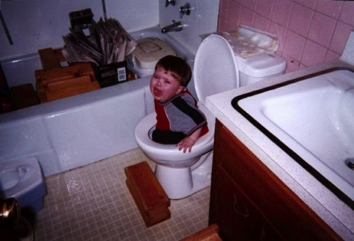 34 Parenting Fails - Potty training 101.