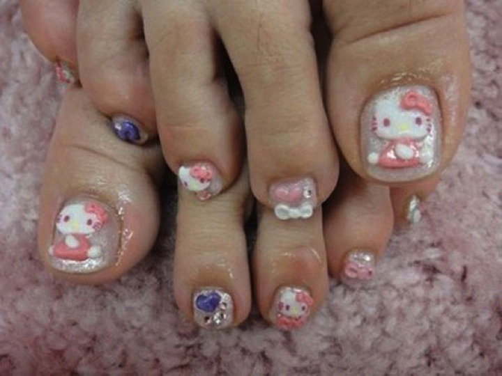 14 Hello Kitty Nails - 3D Pedicure Hello Kitty nails.