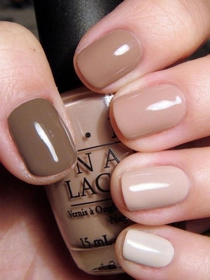17 Minimalist Nails - Unique shades.