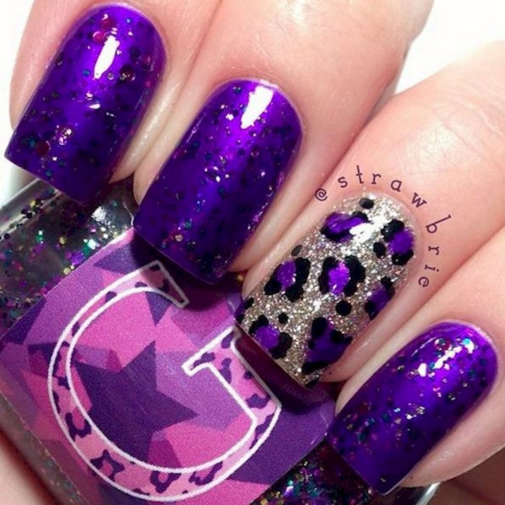 18 Purple Nail Art Designs - This combination of sparkles and color is a match made in sparkly heaven.