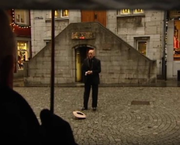 Martin Hurkens Sings 'You Raise Me up' on a Street in Holland.