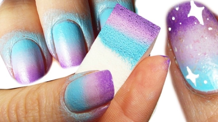 13 Easy Nail Designs - Use a sponge for easy gradient designs.