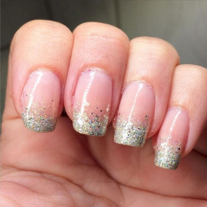17 French Nails With a Twist - Glitter gradients always look fun.