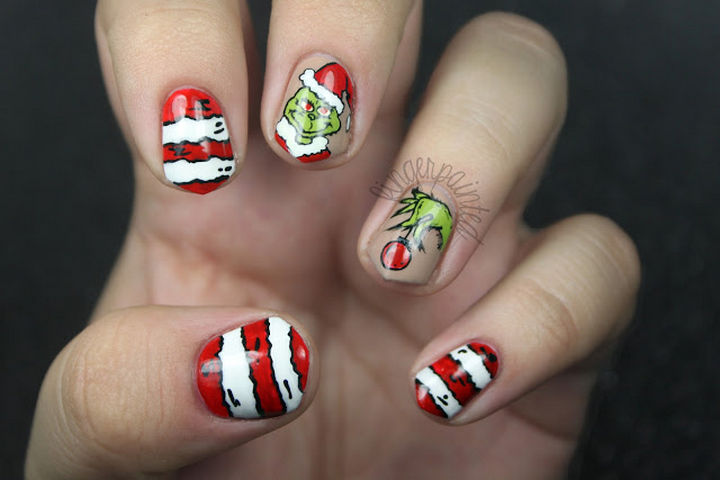 23 Christmas Nails - It wouldn't be Christmas without the Grinch!