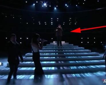 "Jordan Smith's Incredible Performance of ""Hallelujah"" - The Voice 2015."