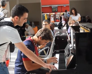 Two Strangers Improvise Piano Performance in Paris Train Station.